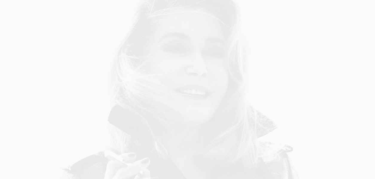 Катрин Деньов все още е музата на Saint Laurent