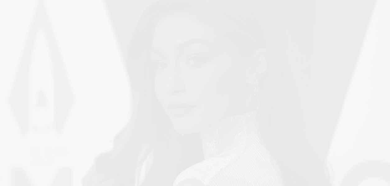 Джиджи Хадид не иска папараците да снимат малката Кай