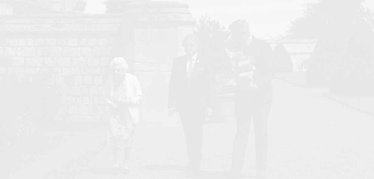 Кралското семейство почете живота и паметта на принц Филип