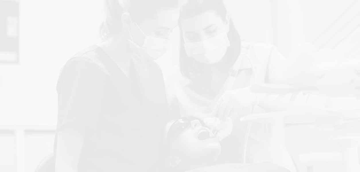 Безплатни стоматологични прегледи за деца през октомври