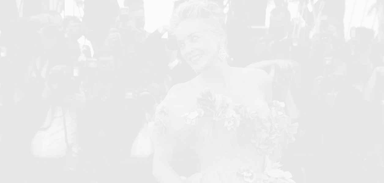 Шарън Стоун взриви Кан с Dolce & Gabbana