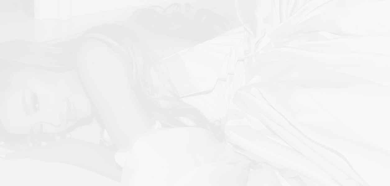 И Ариана Гранде пуска своя козметична марка