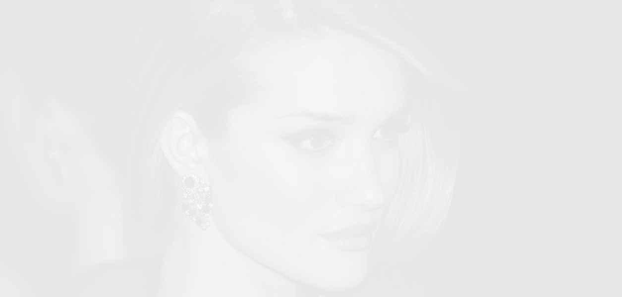 Роузи Хънтингтън Уайтли пуска детска козметична марка
