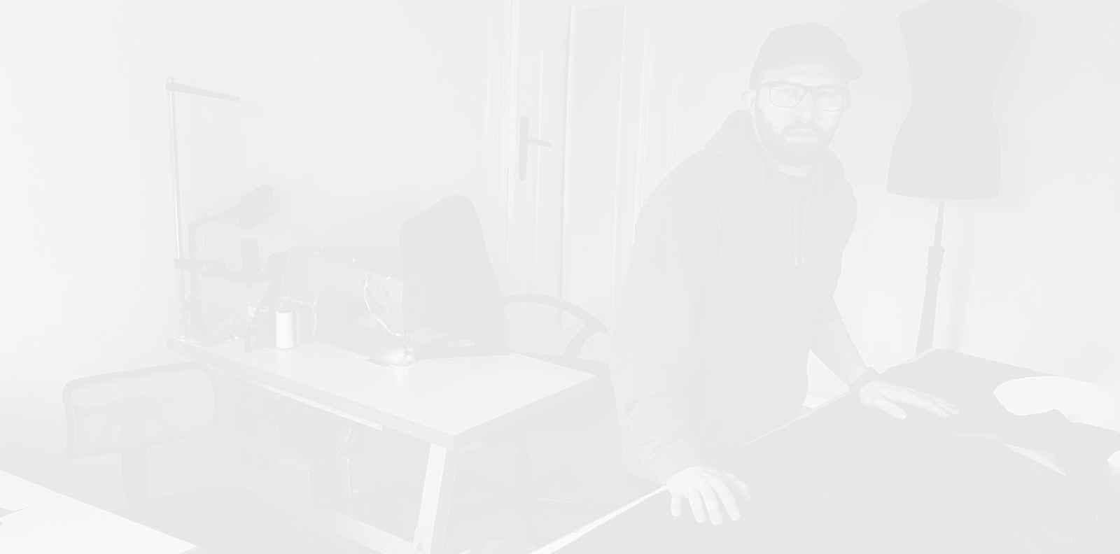Дизайнерът Николай Божилов – за маските и хората