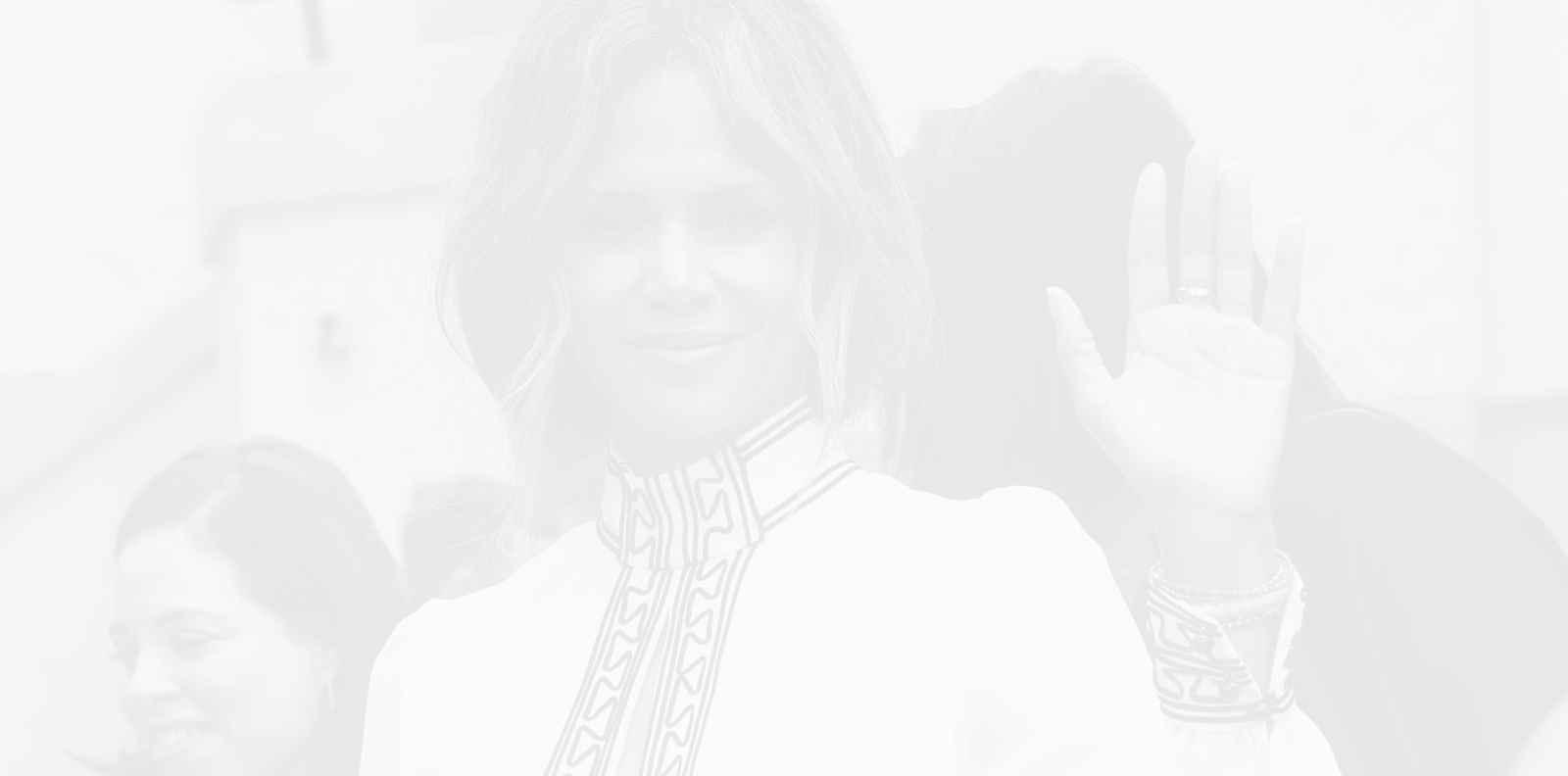Хали Бери разпали страстите в Instagram