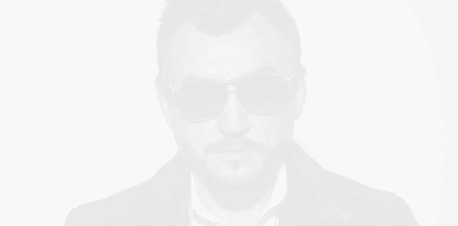 """Любо Киров поставя вълнуващо ново начало с """"Целуни ме"""""""