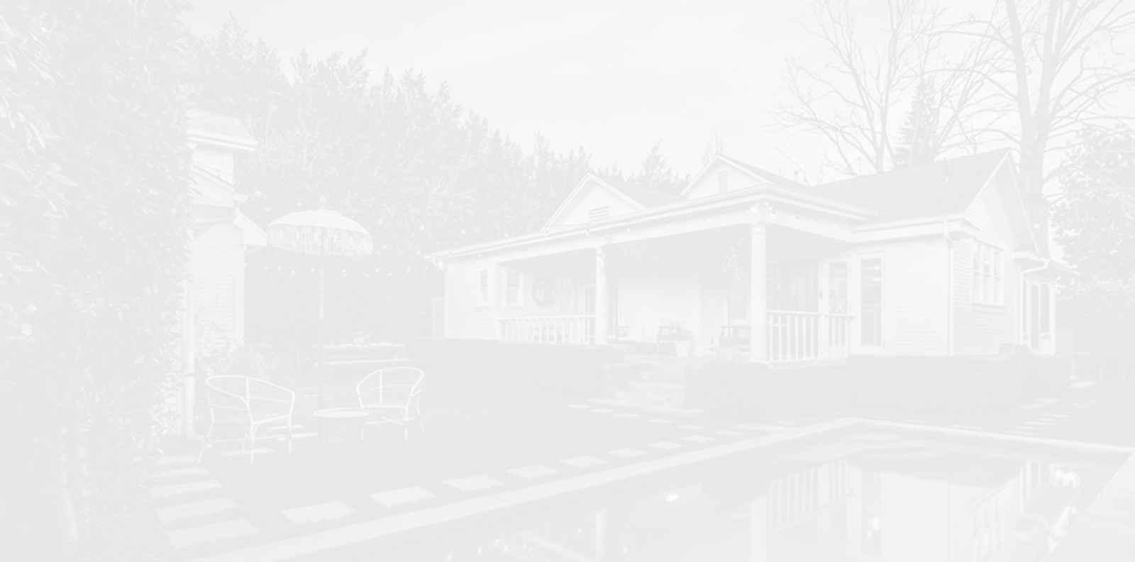 Домът на Лена Дънам: Преди & Сега