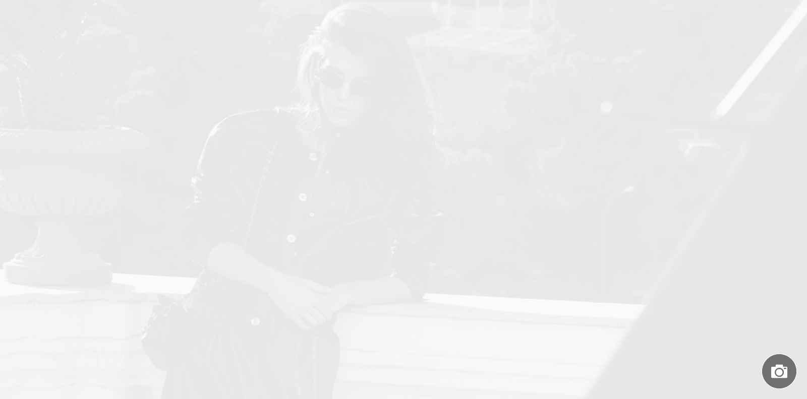 Внучката на Грейс Кели е новото лице на Chanel