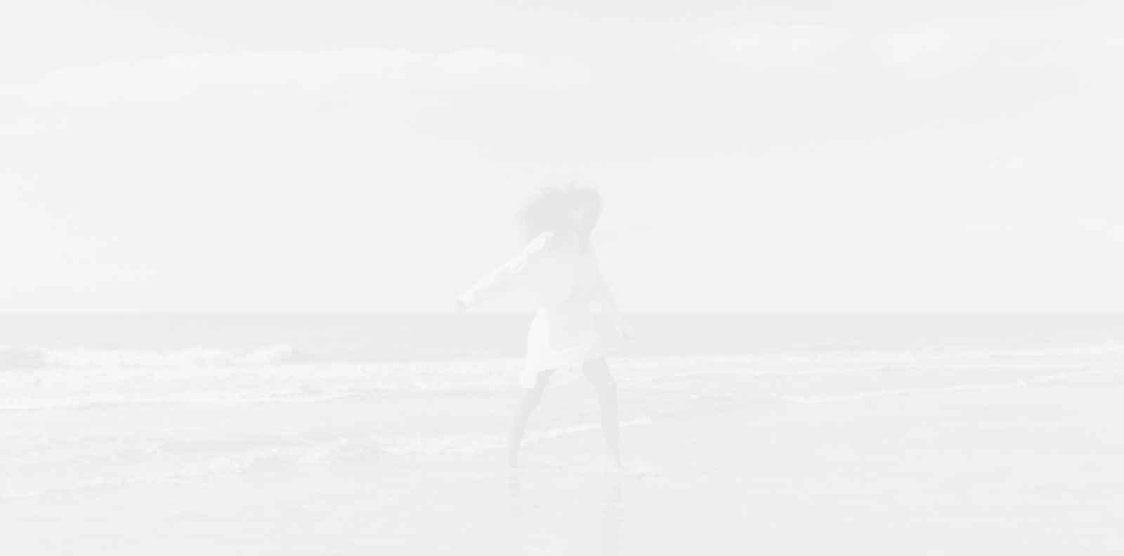 Ефирни & горещи предложения за времето на плажа