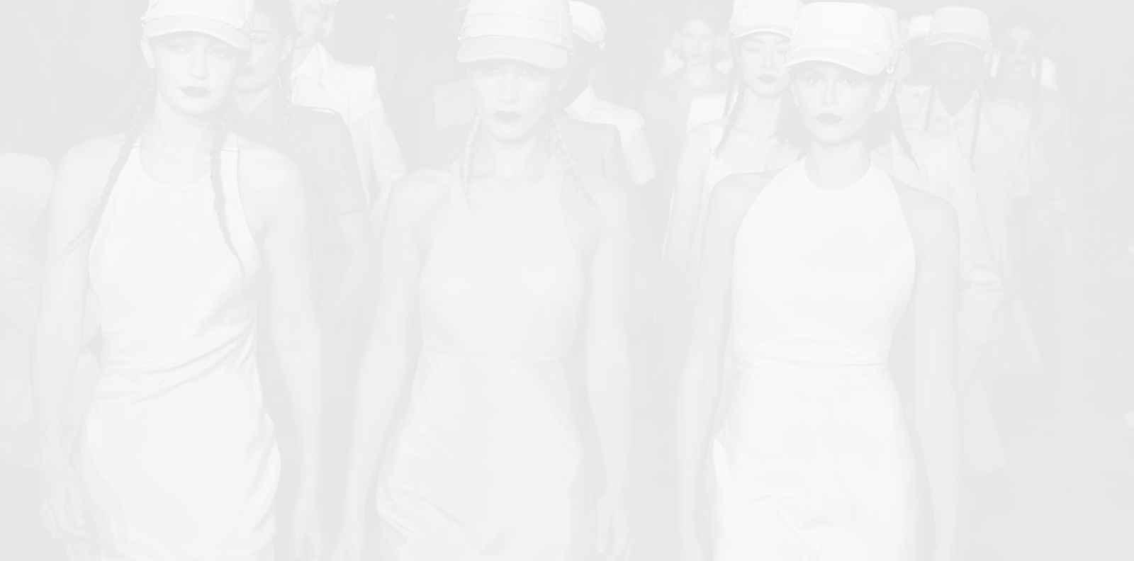 Ирина Шейк, Хейли Бийбър и Джиджи Хадид ще дефилират за благотворителност