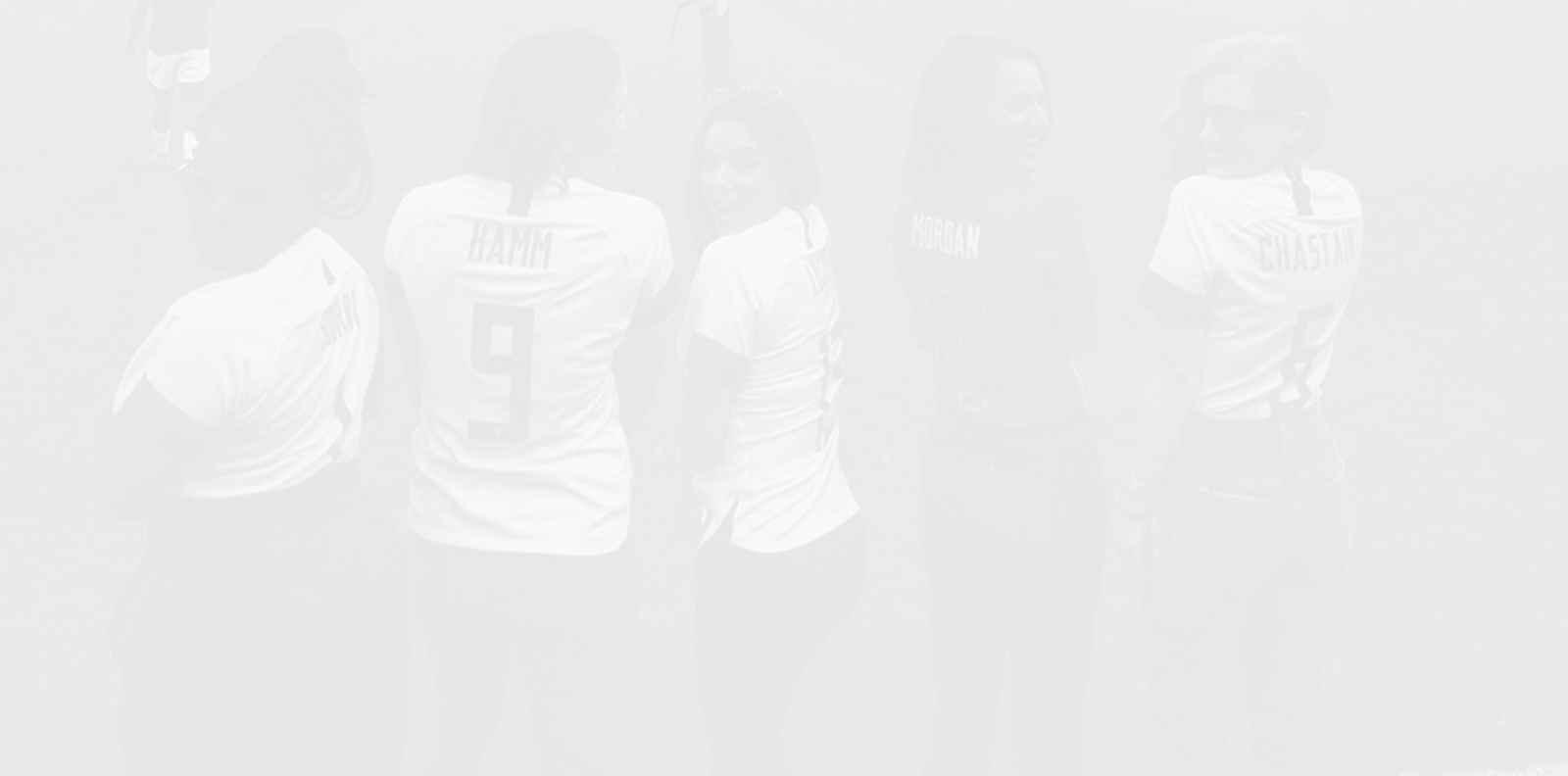 Ева Лонгория и Натали Портман основават женски футболен отбор