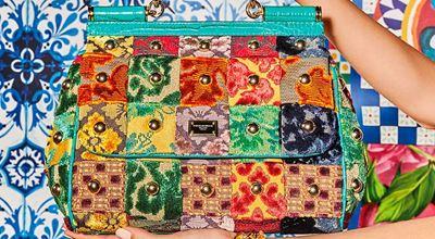 Dolce & Gabbana посрещат пролетта с взрив от цветове и принтове