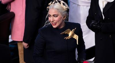 Лейди Гага обясни значението на брошката от инаугурацията на Джо Байдън