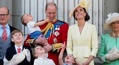 Уилям и Кейт няма да прекарат празниците с кралицата