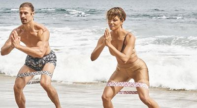 Хали Бери е на 53, тренира на плажа и изглежда перфектно