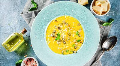 Зеленчукова крем супа с тиква и домашни крутони