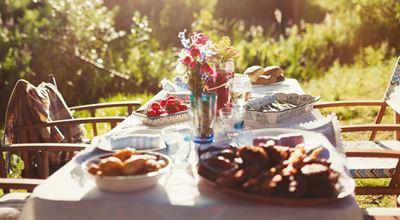 SUMMER PARTY: 6 решения за вашата маса
