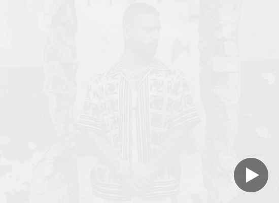 Малума изненада с нов албум навръх 27-мия си рожден ден