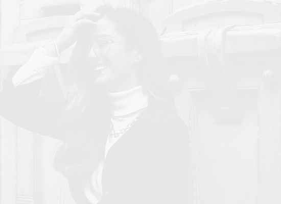 """Разговор за емоции, мечти и """"многото"""" в живота... с Елица Бехар"""