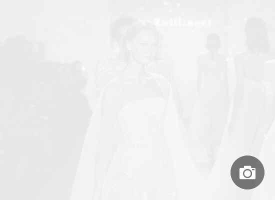 Прозрачен тюл, кристали и обемни цветя: сватбената колекция 2020 на Мира Цвилингер