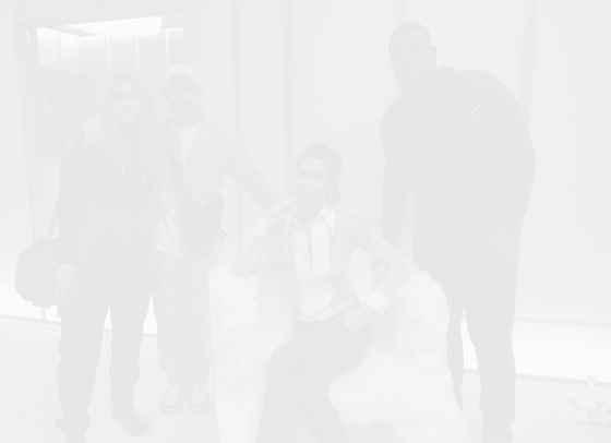 Бела Хадид се срещна с талантливи творци на Design Miami 2019