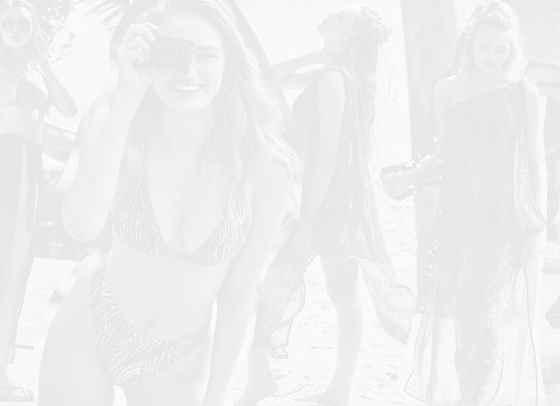 Лятото идва по-рано с Роми Стридж и Victoria's Secret