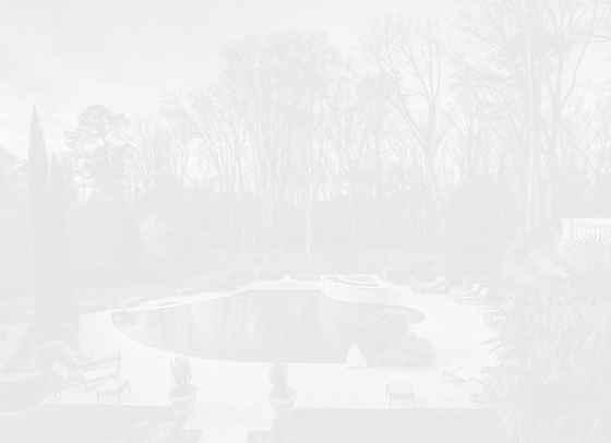 2043 квадратни метра лукс: Новият дом на Карди Би