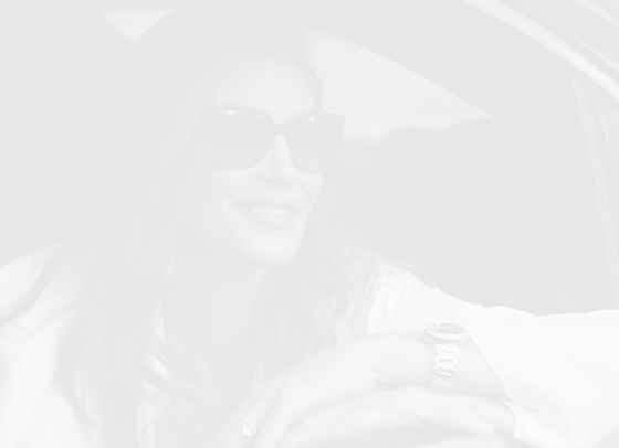 Синди Крауфорд пуска линия продукти за косата