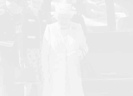Не, кралица Елизабет II не планира абдикация