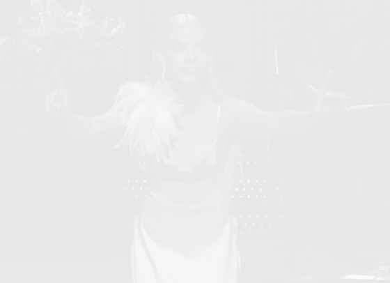 Аня Тейлър-Джой превърна SNL в истинско модно шоу