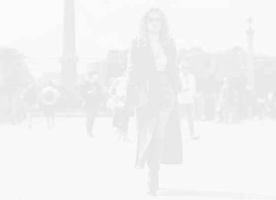 Рита Ора е новата категорична street style богиня
