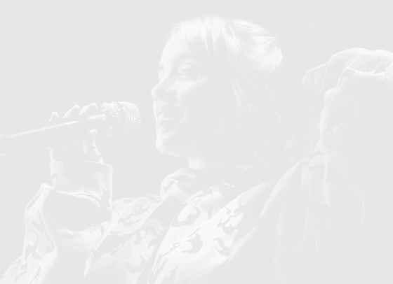 Вижте трейлъра на документалния филм за Били Айлиш