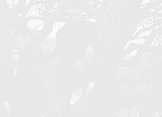 Празник на индивидуалността от Versace Pre-Fall 2021