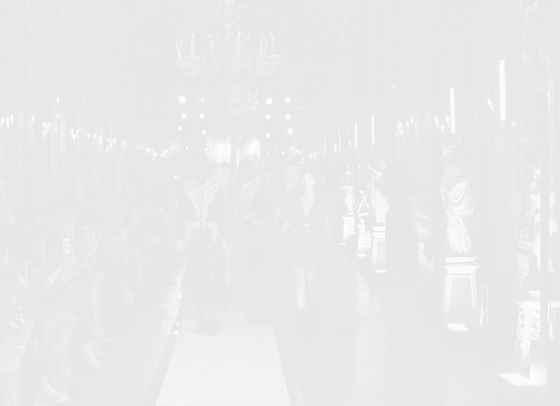 Родна блогърка заедно с Кендал Дженър на представянето на Giambattista Valli x H&M