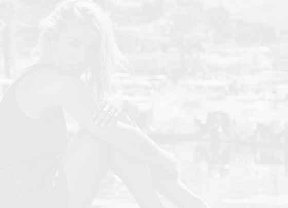 Модно вдъхновение: Елза Патаки и морето