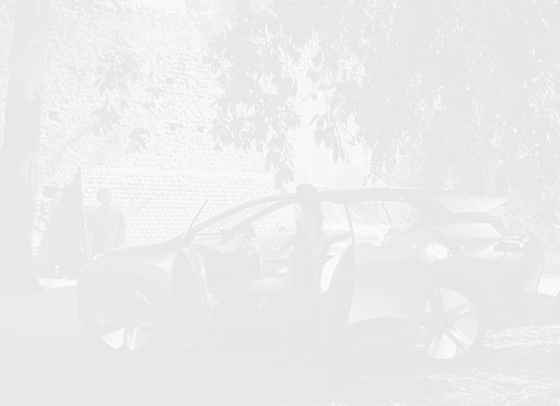 BMW рекламира роботизирана кола, идеална за секс занимания