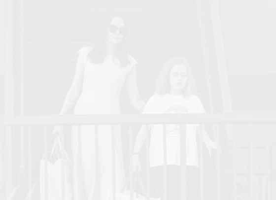 Как Анджелина Джоли отбеляза Деня на майката?