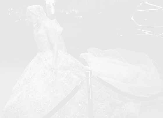 Дженифър Лопес покори Ню Йорк в разкошна сватбена рокля